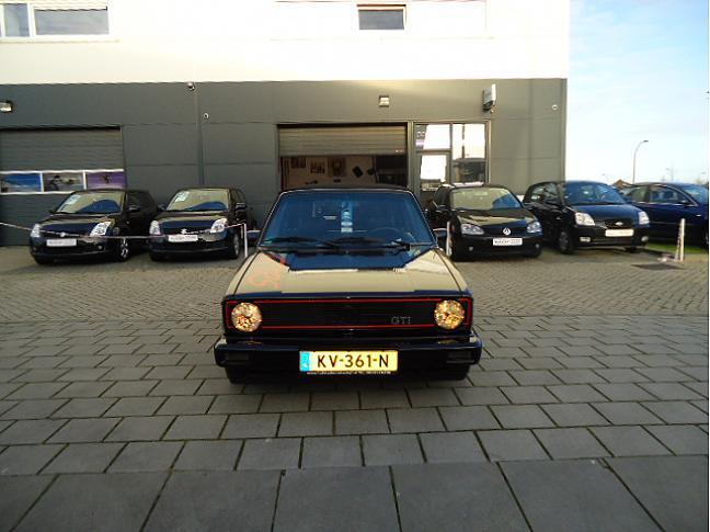 Te koop VOLKSWAGEN GOLF CABRIOLET GTI ZWART occasion - Autobedrijf Den Haag