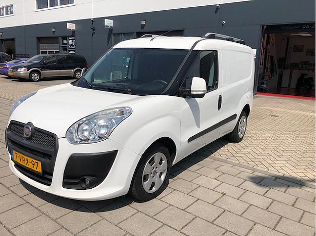 Te koop TE HUUR  Fiat Doblò Cargo  occasion - Autobedrijf Den Haag