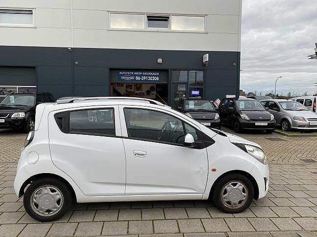 Te koop Chevrolet Spark 1.0 16V LS Bi-Fuel Wit occasion - Autobedrijf Den Haag