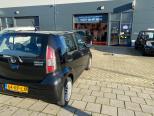 Te koop Daihatsu Sirion 2 1.3-16V Comfort 2 Zwart occasion - Autobedrijf Den Haag